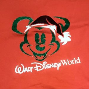 Walt Disney World Mickey Mouse Santa Red T Shirt